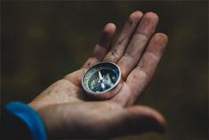 hand, compas, transitiepartners